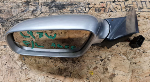 AUDI A6 C5 FRONT LEFT SIDE WING MIRROR SILVET LY7W 4B2858531