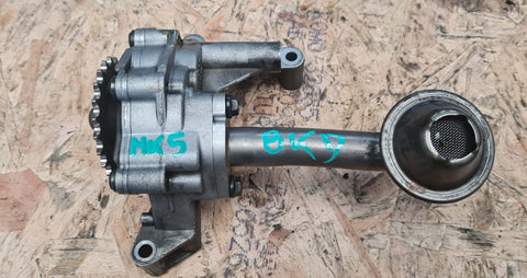 VW GOLF MK5 ENGINE OIL PUMP 03G115105