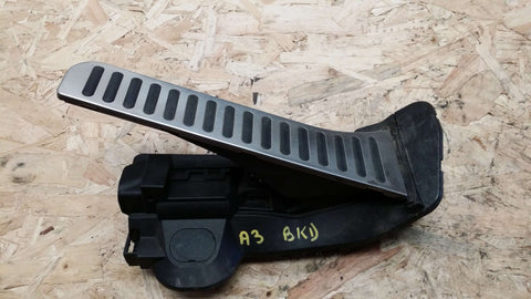 AUDI A3 8P ACCELERATOR THROTTLE PEDAL 1K2721503AM