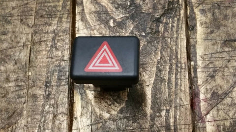 AUDI A4 B7 HAZARD WARNING LIGHT SWITCH 8E0941509