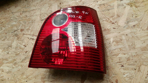 VW POLO 9N REAR RIGHT SIDE LIGHT 6Q6945096B