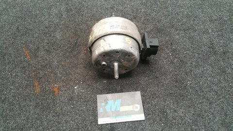 AUDI A6 C5 FRONT LEFT SIDE ENGINE MOUNT 4B0199379E