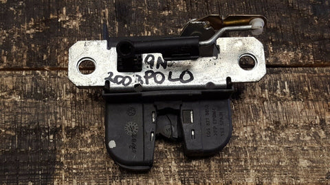 VW POLO 9N TAILGATE BOOT LID LOCK MECHANISM 6Q6827505B