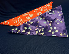 Load image into Gallery viewer, Orange and Purple Batik Bandana Set