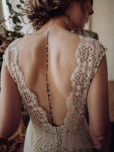 Vintage Lace Appliques Ivory V Neck Cap Sleeves Mermaid Wedding Dresses Wedding Gowns XHLPST15542