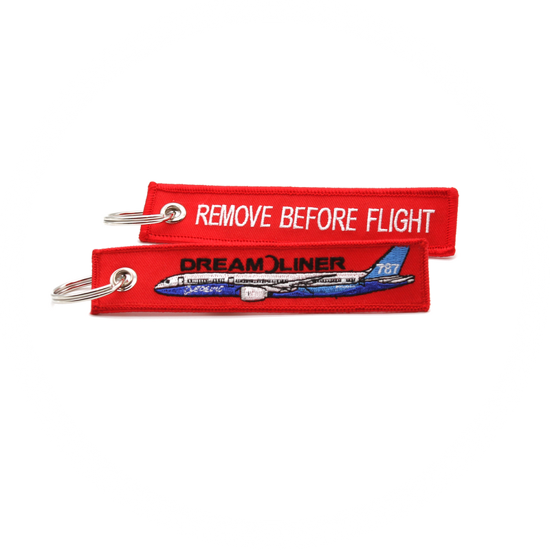 Keyring Boeing 787 / Remove Before Flight (red) Mark II