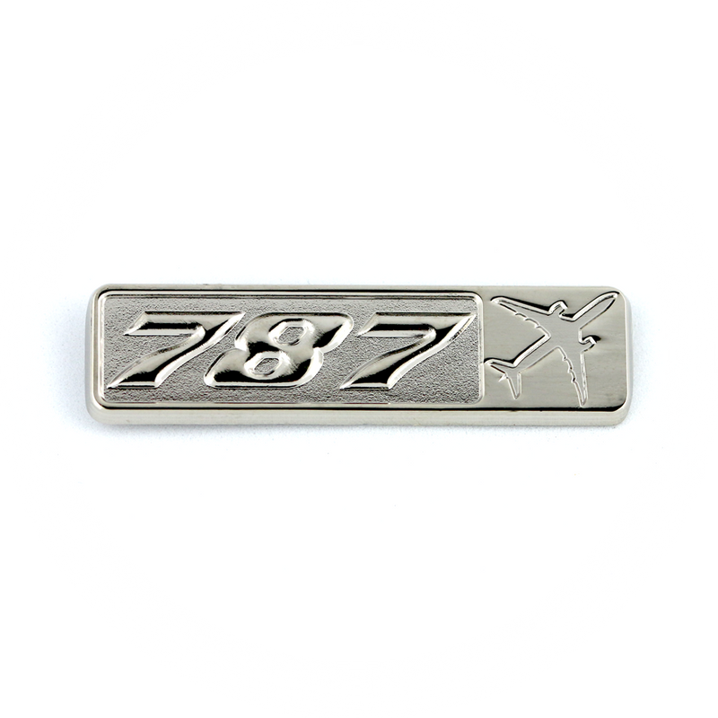 Pin Boeing 787 (rectangle with airplane silhouette)