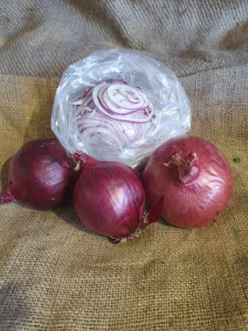 SLICED RED ONION (1KG BAG)