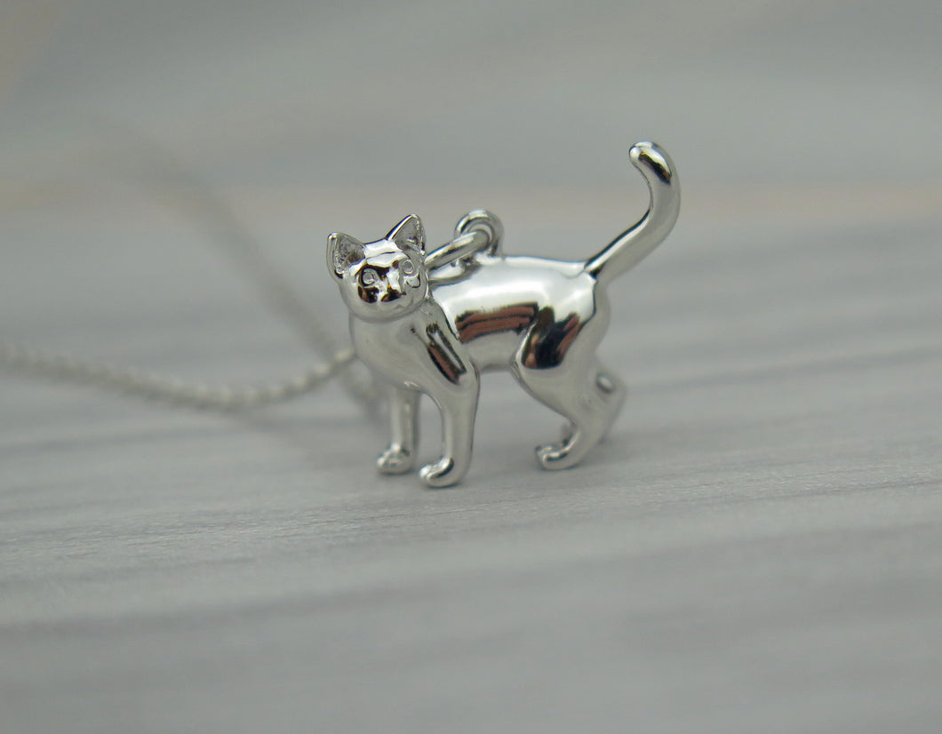 Sterling Silver Lucky Cat Pendant Necklace