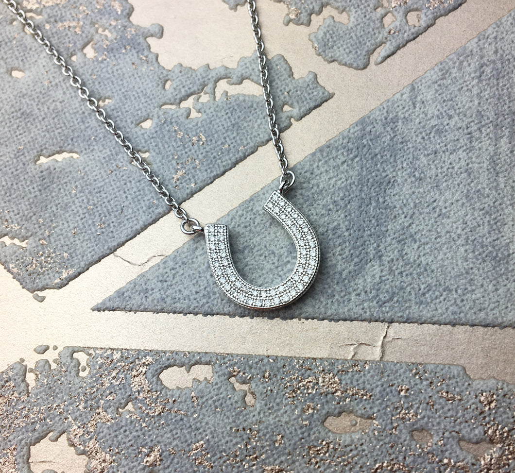 Solid 925 Sterling Silver Lucky Horseshoe Pendant Necklace