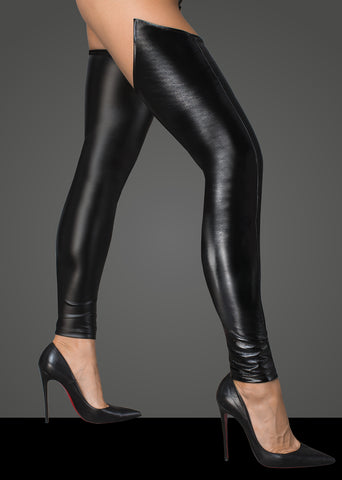 Lacquered eco leather and powerwetlook stockings