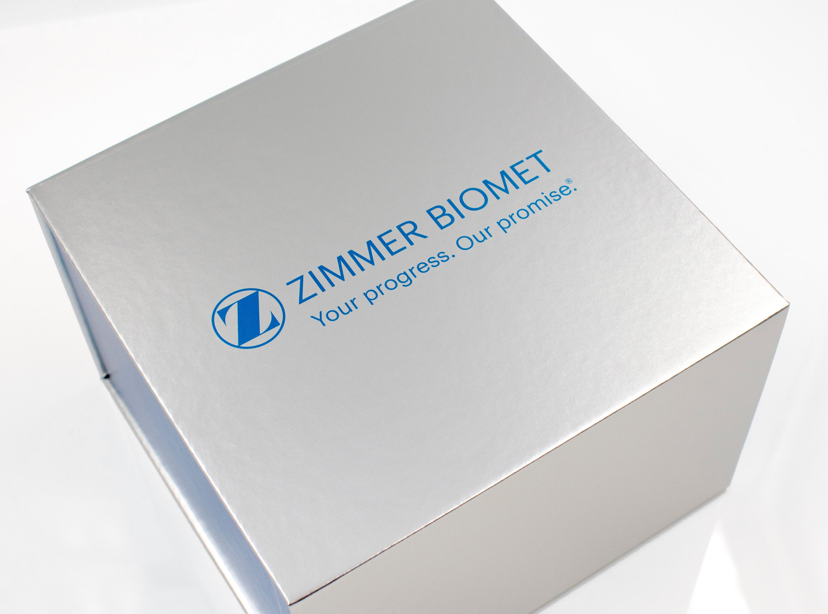Zimmer Biomet Metal Corporate Invitation In Box Top1