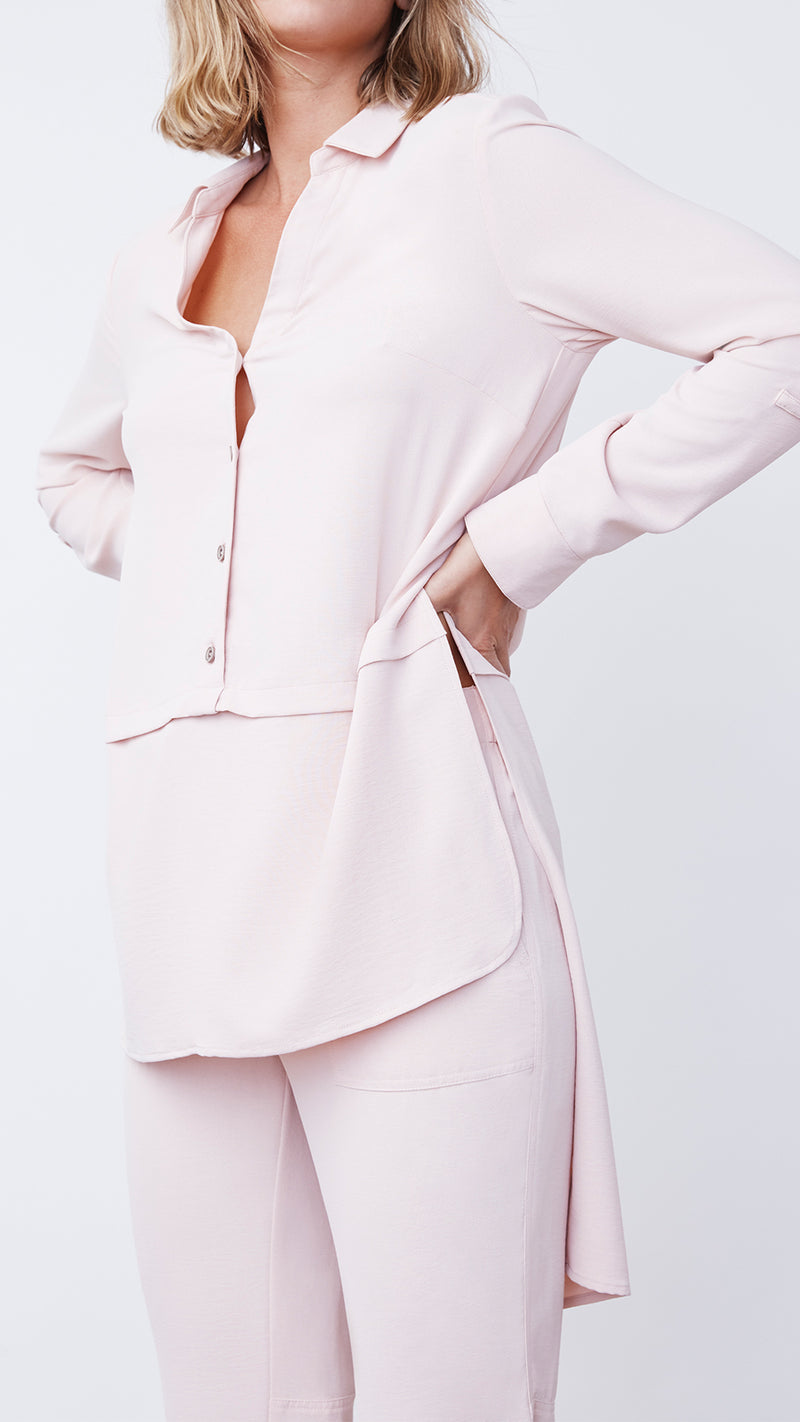 Casual Paneled Pain in Pink by b new york