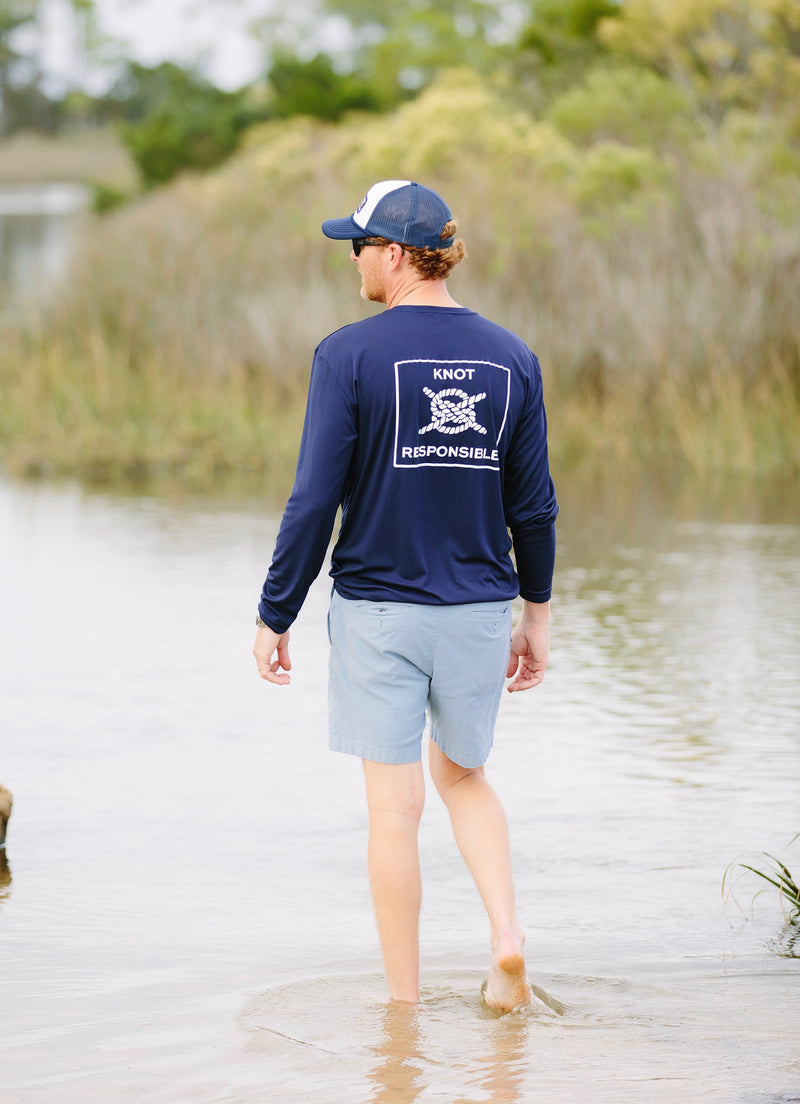 Performance Long Sleeve in Navy
