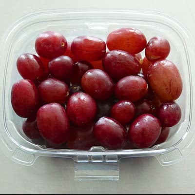 Grab & Go Snack, Red Grape Cup, 8oz - each