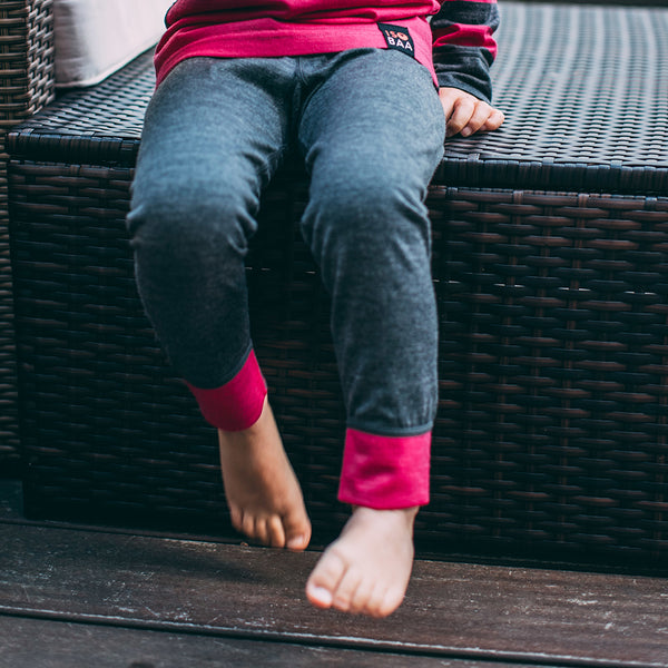 Kids Merino Blend 200 Leggings (Smoke/Fuchsia)