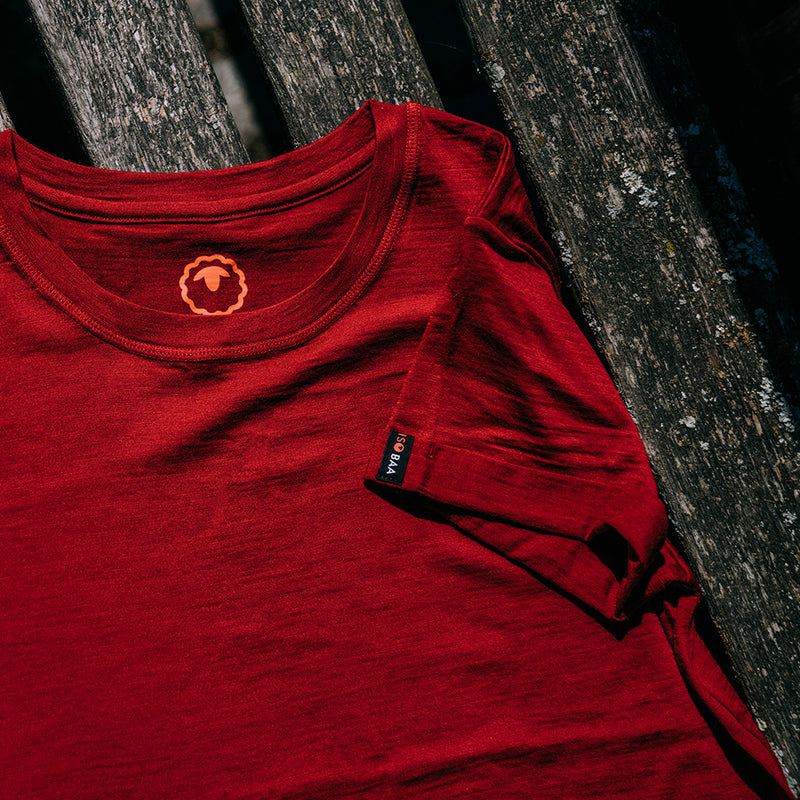 Womens Merino 150 Roll Sleeve Tee (Red)