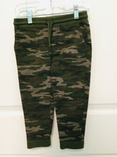 Load image into Gallery viewer, Camo Pants Size 3T