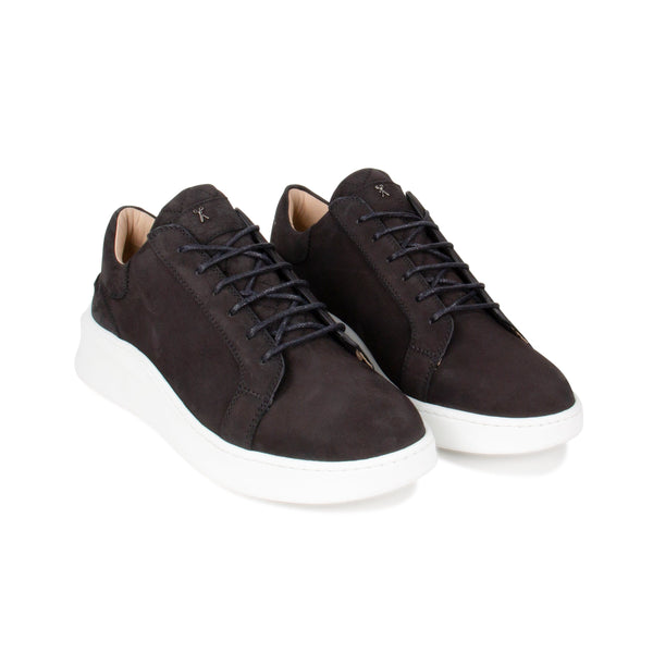 Matteo Low Sneaker All Black Nubuck calf Leather White Outsole Frontview