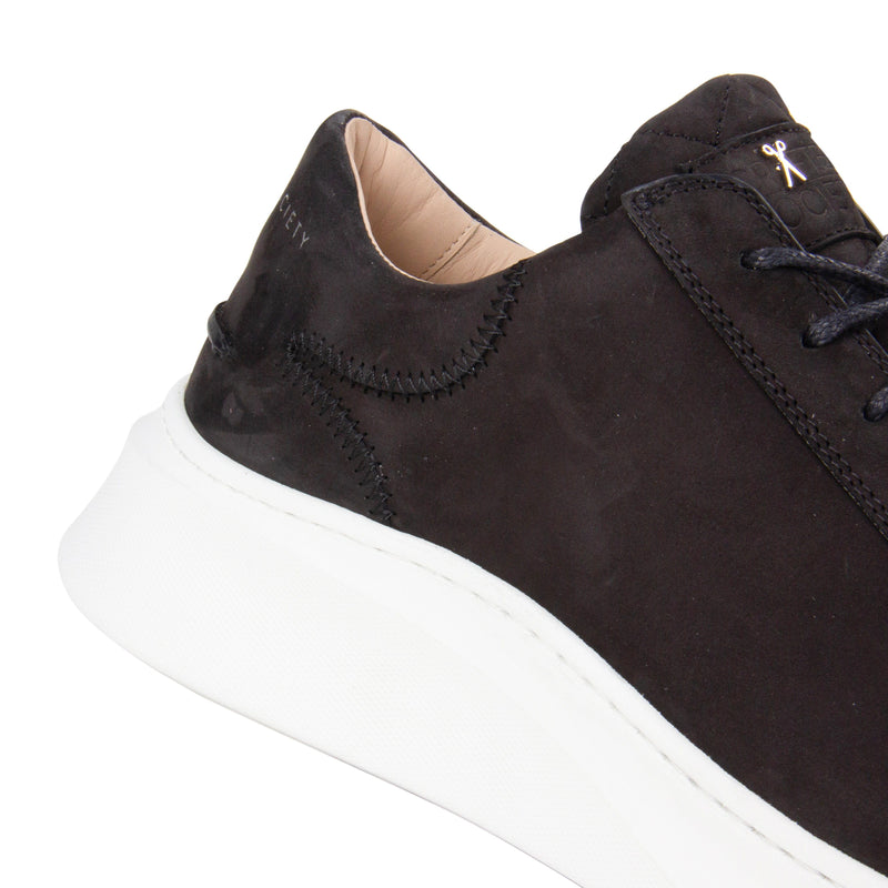 Matteo Low Sneaker All Black Nubuck calf Leather White Outsole Detailview