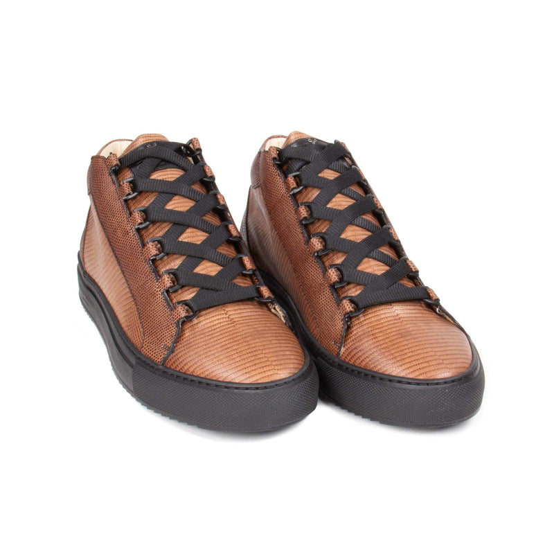 Rico Mid Sneaker Brown Stingray effect leather Black Outsole Frontview
