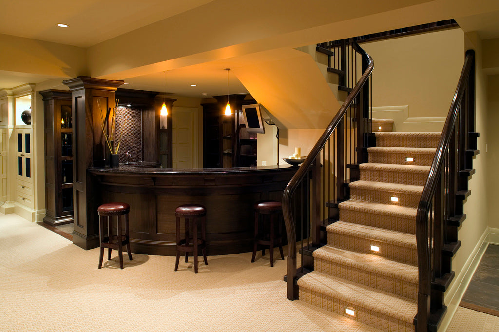 Basement home bar: A popular remodeling choice!