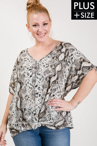 PLUS SIZE SNAKE PRINT TOP in XL-2XL