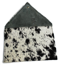Load image into Gallery viewer, COWHIDE Pouch 0006