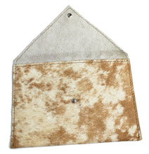 Load image into Gallery viewer, COWHIDE Pouch 0003