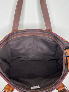 MoonLake Designs Small over the shoulder tote in brown leather inside view of dark cotton liner and open pockets