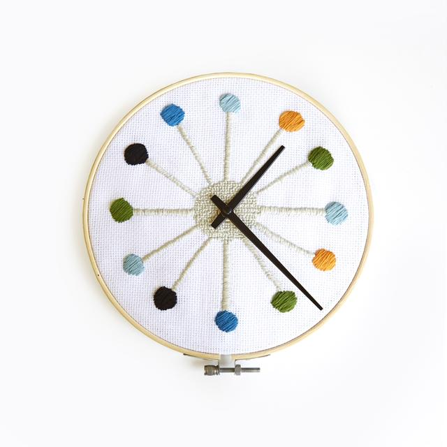 cross stich clock kikkerland DIY designs stitch clock face 8