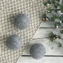 Load image into Gallery viewer, Organic Wool Dryer Balls