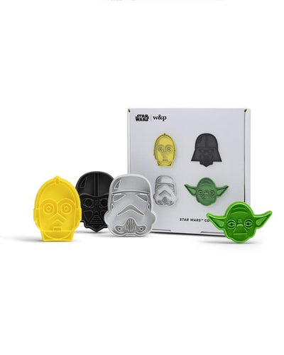 Fulfill your destiny every time you bake with these special edition Star Wars cookie cutters. Set includes four designs featuring C-3PO™, Darth Vader™, a stormtrooper and Jedi Master Yoda™.  Dishwasher Safe BPA Free