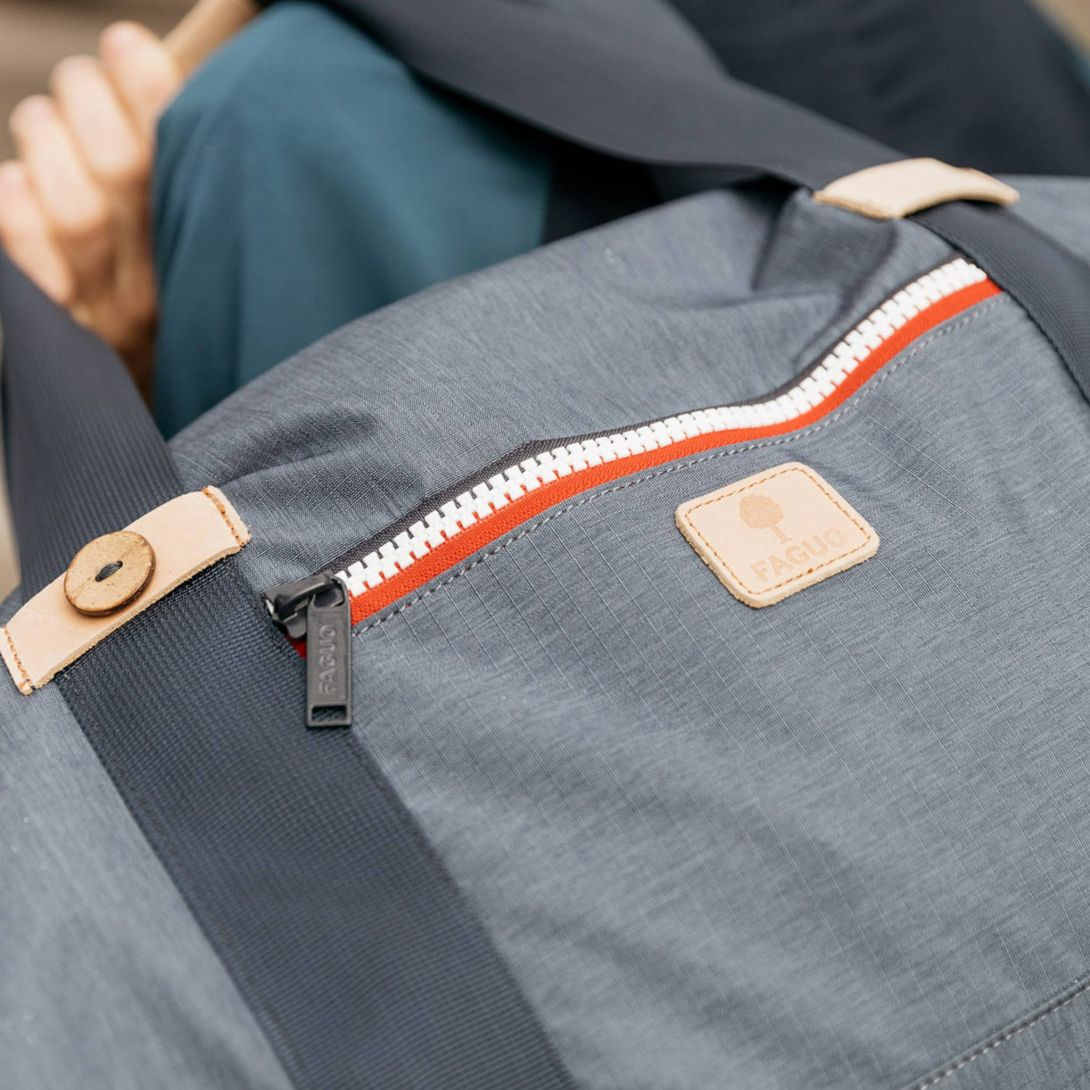 FAGUO travel bag for men canvas details