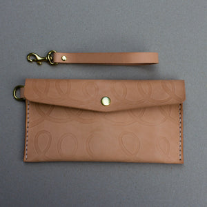 STITCH ENVELOPE POUCH