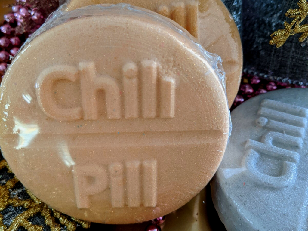 "Gold & Silver CBD Infused ""Chill Out"" Bathbombs"