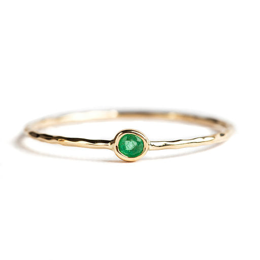 14K GOLD RING WITH EMERALD