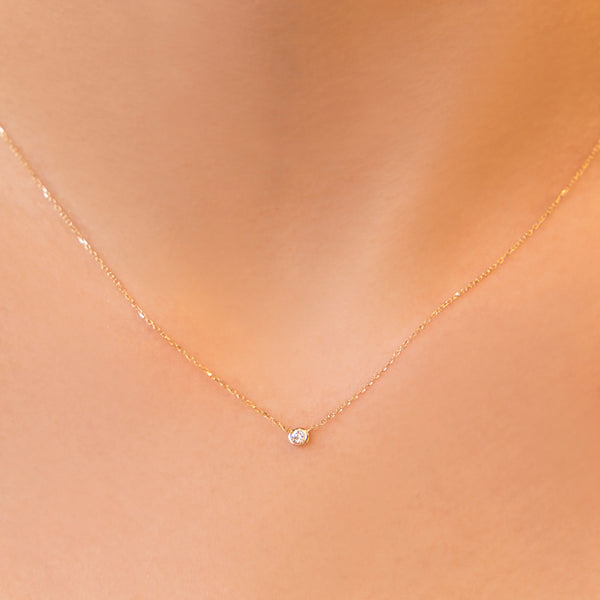 14KT GOLD PENDANT WITH DIAMOND