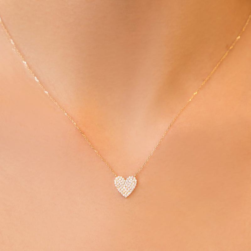 14K GOLD PENDANT WITH DIAMOND HEART