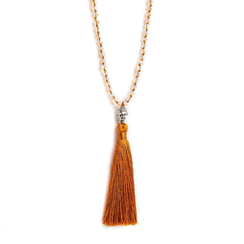 THREAD NECKLACE WITH CAMEL TASSELS AND CRYSTALS