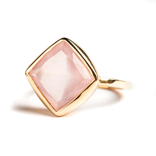 14K YELLOW GOLD RING WITH ROSE QUARTZ