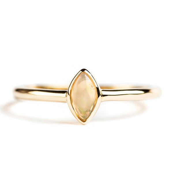 14K YELLOW GOLD SOLITAIRE BEZEL RING WITH MARQUISE OPAL