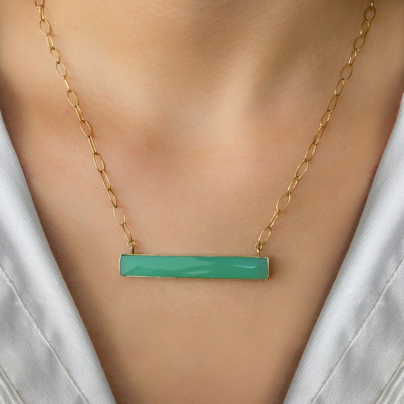 GOLD PLATED CHAIN WITH RECTANCULAR GREEN CHALCEDONY PENDANT