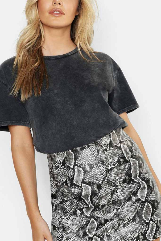 Acid Wash T-shirt - Boohoo.com