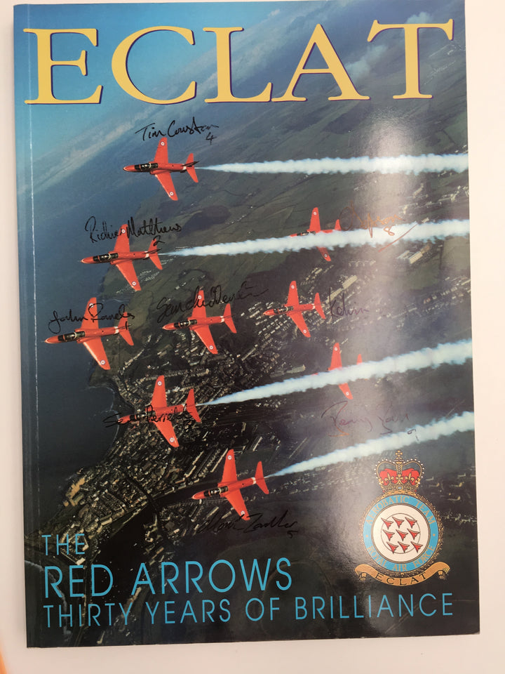 THE RED ARROWS : THIRTY YEARS OF BRILLIANCE