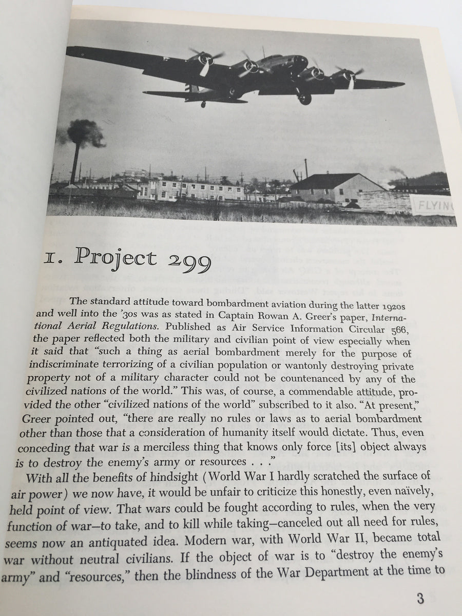 FLYING FORTRESS : The illustrated Biography of the B - 17's and the Men Who Flew Them