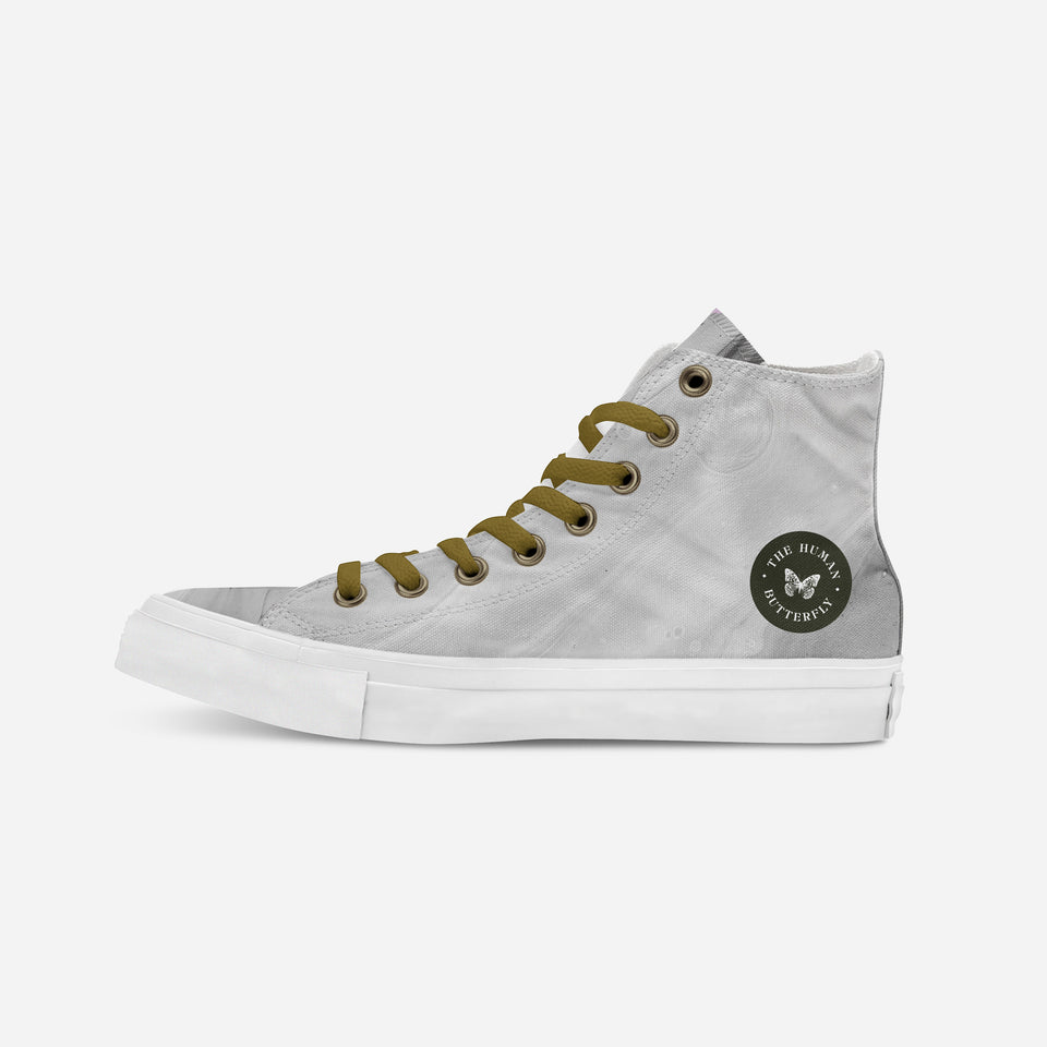 Breion Hope in Gold High-Top | XX - blanx.me