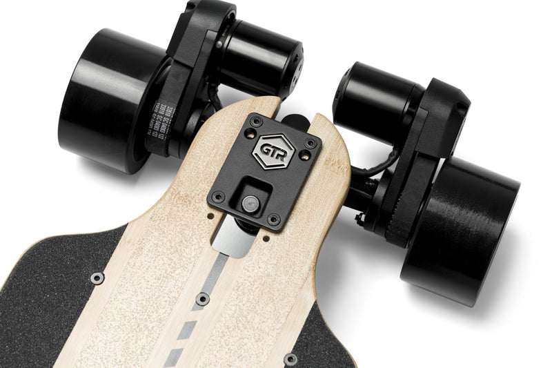 Evolve GTR Bamboo Street e Skateboard Battery