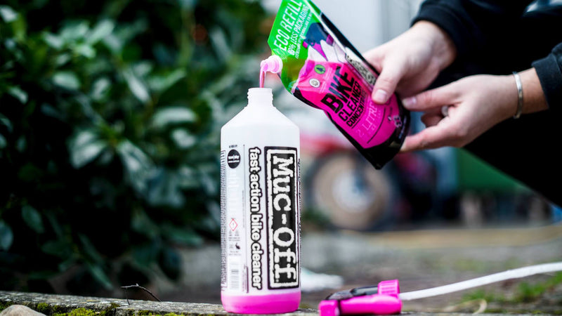 Muc-Off Nano Tech Bike Cleaner Concentrate 500ml Lifestyle Pour