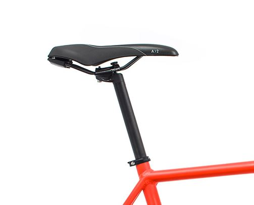 Orbea Urban Gain F40 ebike Red Black Saddle
